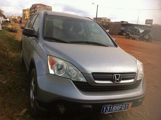 honda cr v ph3 auto 105000 km a vendre co t 9 000 000 fcfa ttc. Black Bedroom Furniture Sets. Home Design Ideas