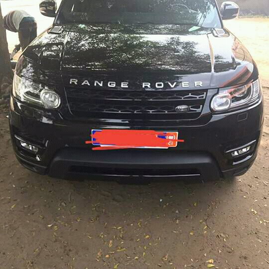 land rover range rover autobiography sport 400 km a vendre co t 65 000 000. Black Bedroom Furniture Sets. Home Design Ideas