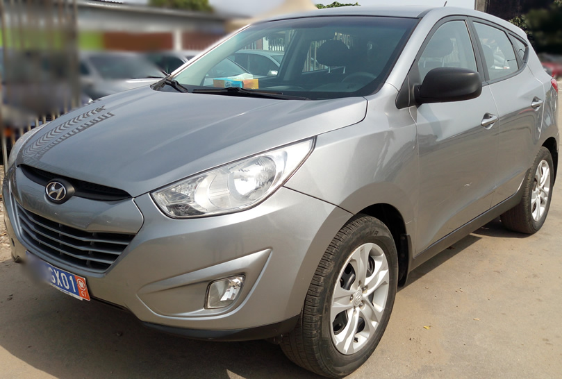 hyundai tucson boite automatique 146000 km a vendre co t 9 650 000 fcfa ttc. Black Bedroom Furniture Sets. Home Design Ideas