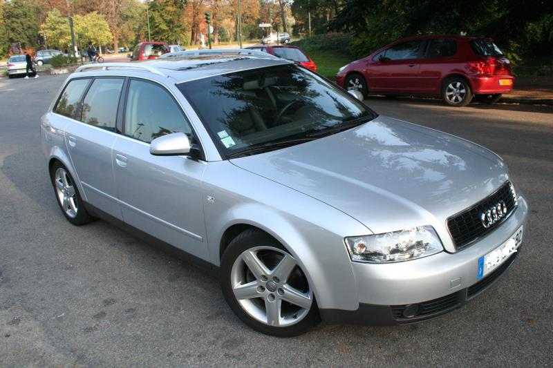 audi a4 avant 150000 km a louer co t 40 000 fcfa ttc jour. Black Bedroom Furniture Sets. Home Design Ideas